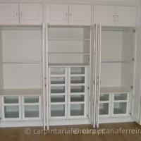Roupeiro-de-Abrir-Lacado-Série-Almofadada-6-Portas-Aberto